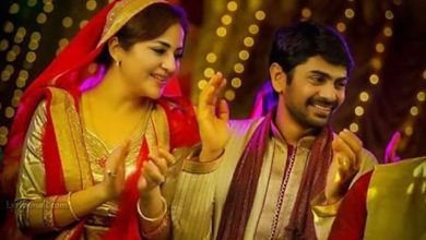 Photo of Surumayil Neela Kanpeeli Song Lyrics   Hadiyya Movie Songs Lyrics